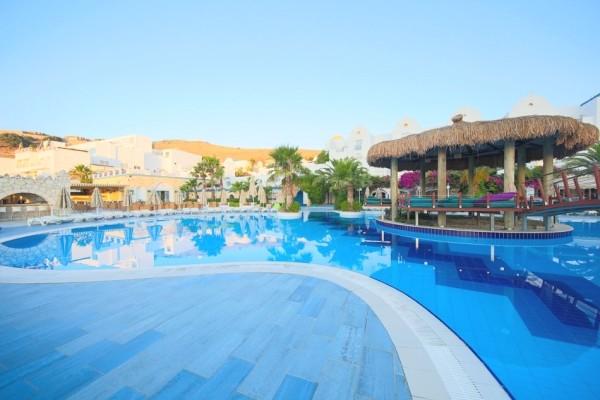 Piscine - Hôtel Salmakis Resort & Spa 4* sup Bodrum Turquie