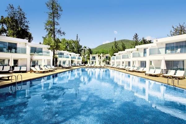 Piscine - Hôtel Voyage Torba 5* Bodrum Turquie
