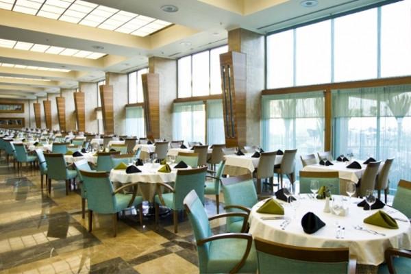 Restaurant - Hôtel Hilton Sarigerme Resort & Spa 5* Dalaman Turquie