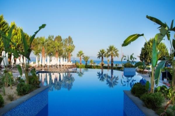 Piscine - Hôtel Flora Garden Ephesus 5* Izmir Turquie