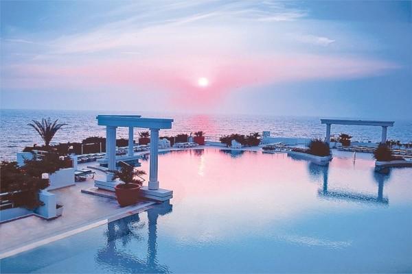 Piscine - Hôtel Korumar Deluxe 5* Izmir Turquie