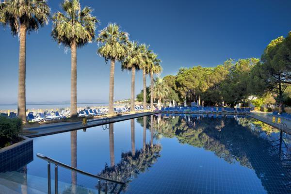 Piscine - Hôtel Omer Holiday Resort 4* Izmir Turquie