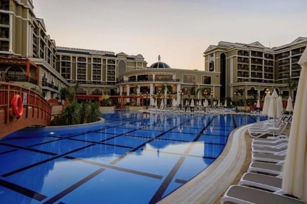Piscine - Hôtel Sunis Efes Royal Palace 5* Izmir Turquie