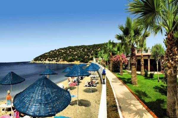 Plage - Hôtel Tusan Beach Resort 5* Izmir Turquie