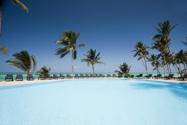 Piscine - Hôtel Karafuu Beach Resort & Spa 5* Zanzibar Zanzibar