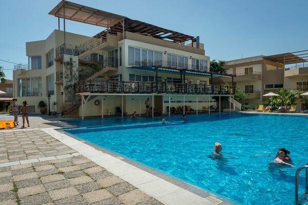 Hôtel Kavros Beach 3* - 1